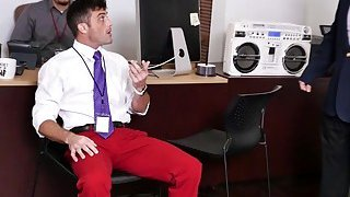 Dudes celebrate coworkers birthday with a threesome