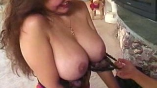 Mature whorish bitch Kelly Jean is a great pussy eater