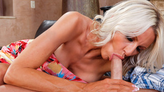 Emma Starr & Kris Slater in Seduced by a Cougar